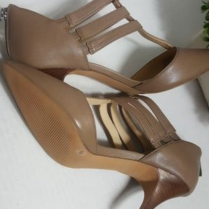 Sole Society Shoes - Sole Society Mallory T-strap heels Totally Taupe